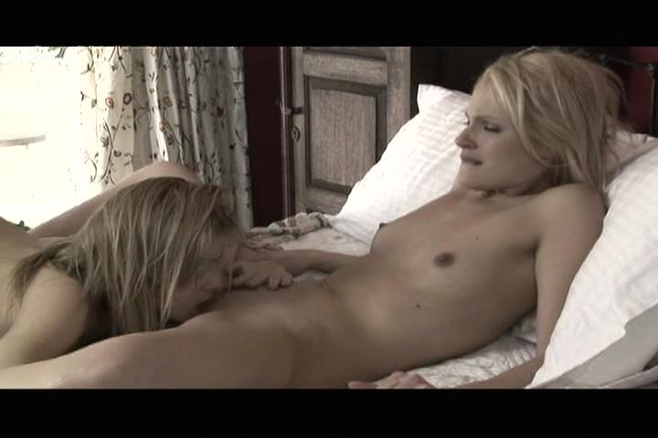 Girls Kissing Girls: Young Lesbians In Love / Lesbians love to kiss and this video pays homage to the lost art of osculation. In this hot, romantic video, young girls take their time exploring the lips, tongues and mouths of their sexy young lovers.