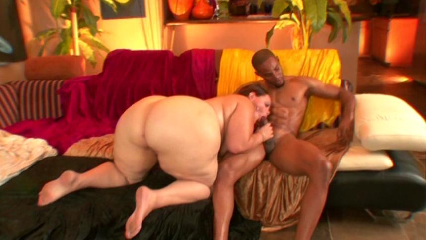 Red Hot Phat Girl / This BBW clip from Red Hot Phat Girl by Justin Slayer Productions features a really, really big beautiful woman bent over, showing off her huge ass and her amazing cock-sucking skills.