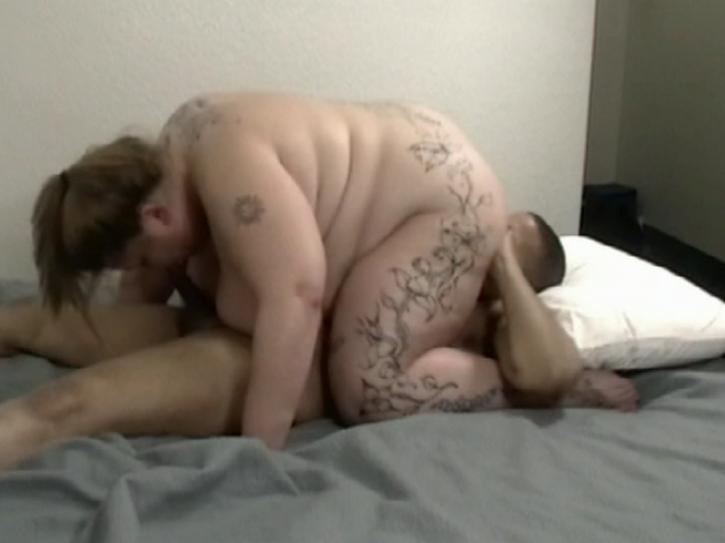 Cum 4 U / This clip from Cum 4 U by Paragon Productions features a lucky fucker getting crushed under the weight of a fat white girl who sucks cock like a champ and works her big wet pussy on his face.
