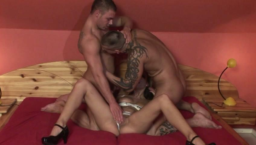 Bi Creampie Adventures 7 / This clip from Bi Creampie Adventures 7 by U.S. Male features a hot little bi scene with a couple of well-muscled army men sharing a hot little slut, eating her pussy and fucking her mouth at the same time.