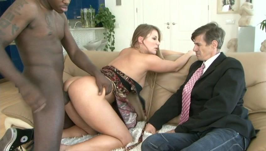 Mom's Cuckold 2