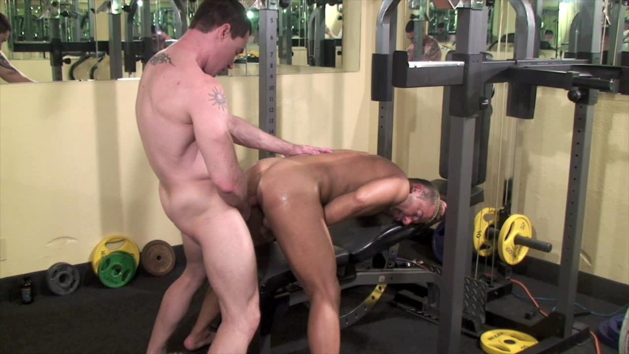 Bareback Workout Xvideo gay
