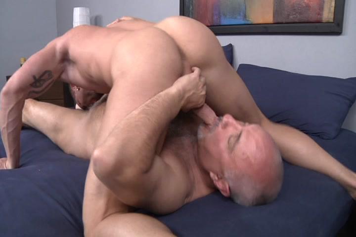 Men In My Bed Xvideo gay