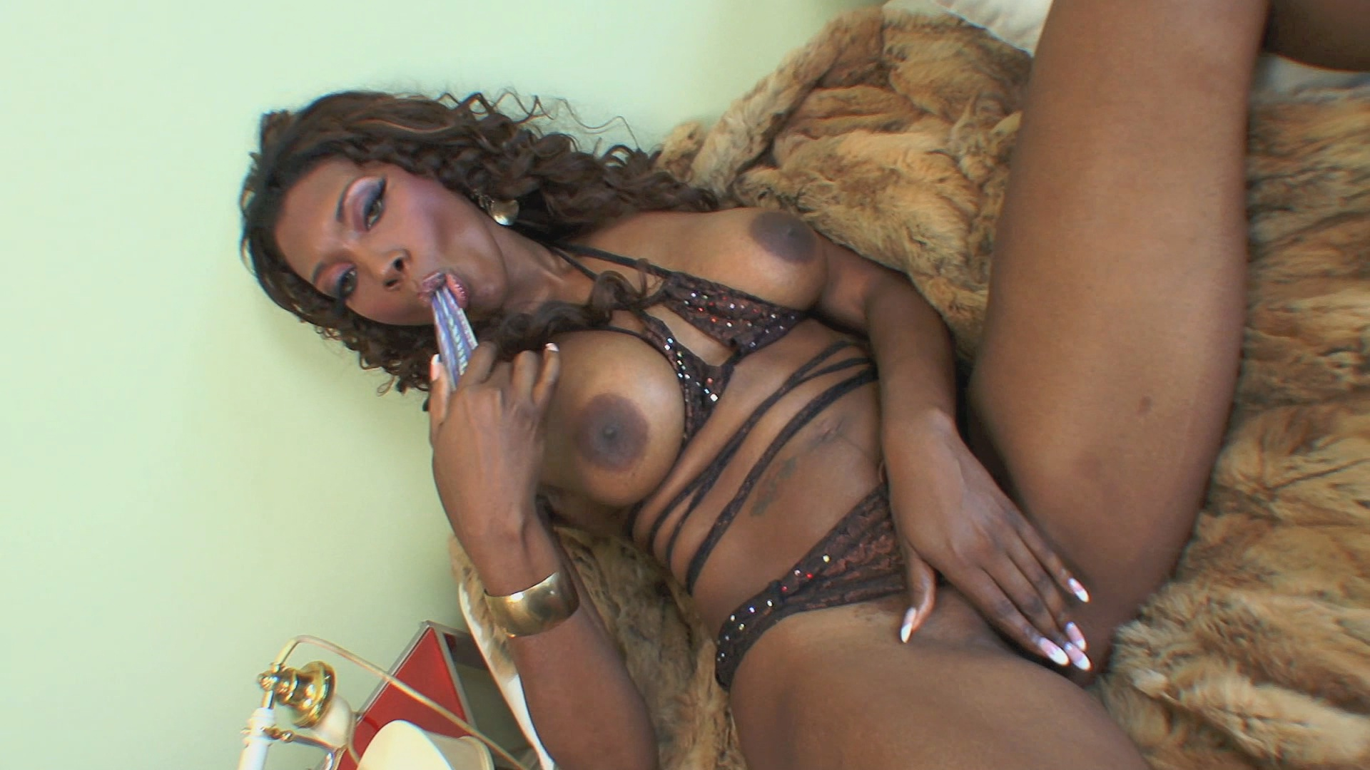 Thrust: Deluxe Edition / Ebony vixen Nyomi Banxxx is insatiable.