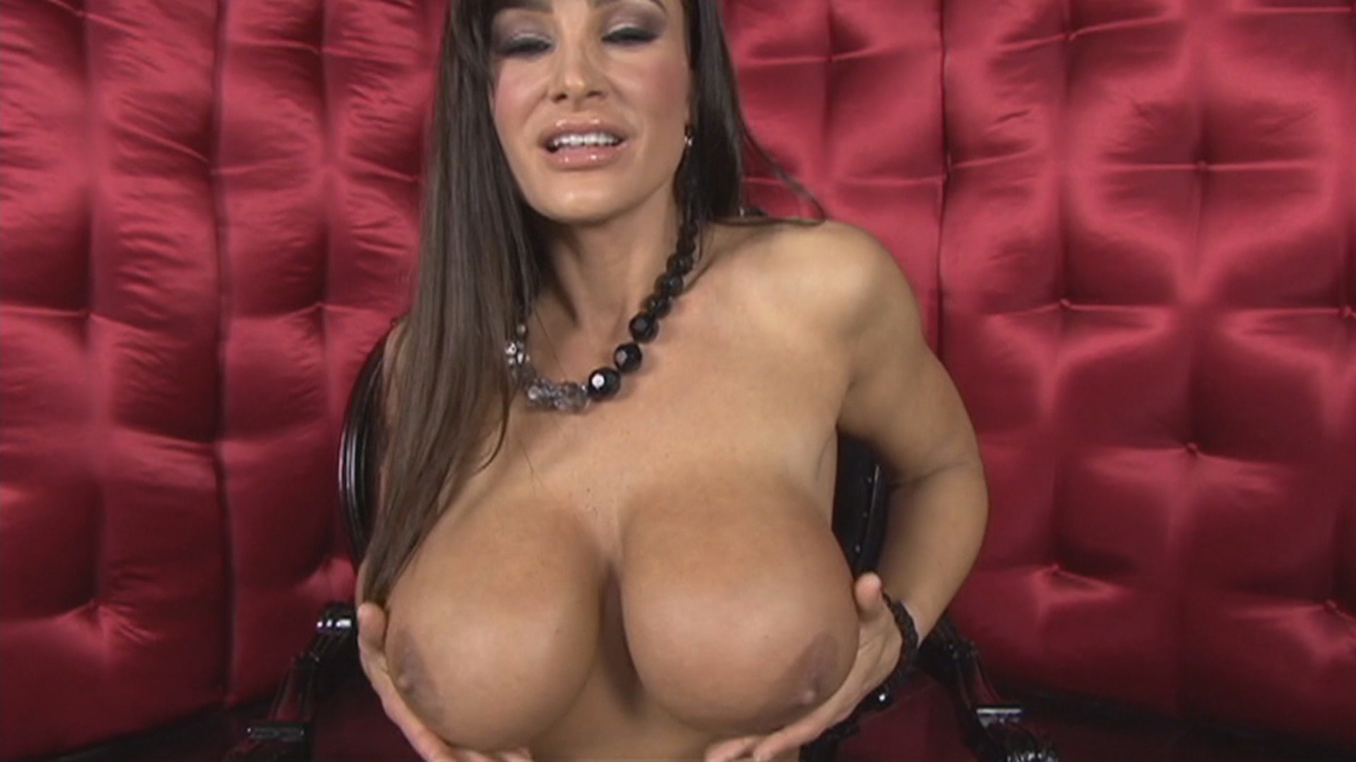 Lisa Ann video porno tettona milf
