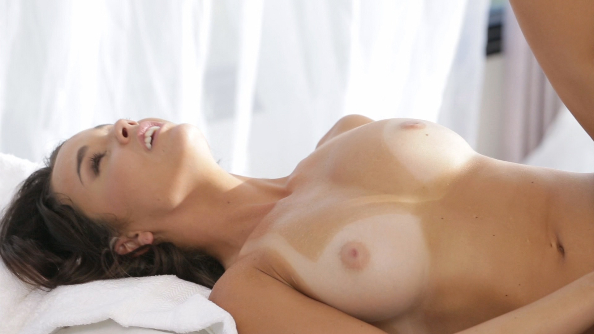 The Masseuse 6 xvideos