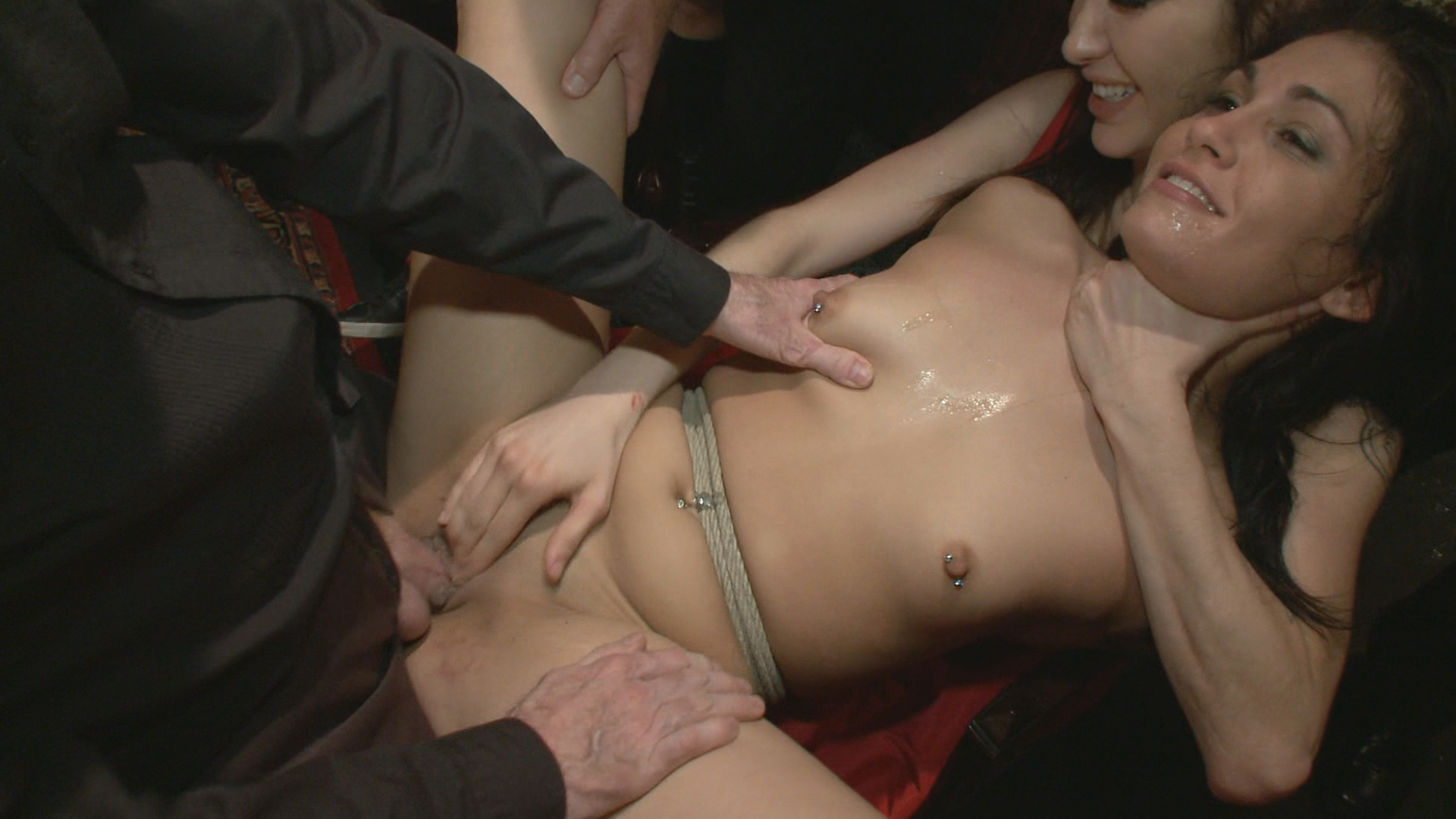Public Disgrace: Princess Donna's B-Day Bash