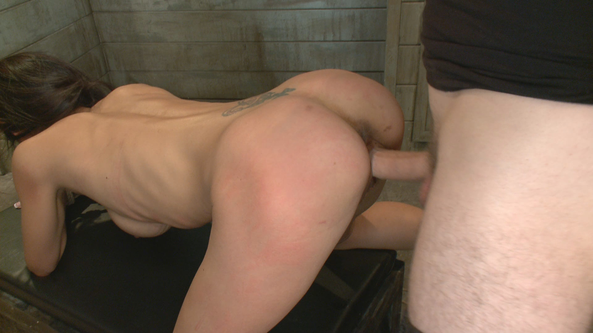 The Training of O: Tia Ling, Day One xvideos