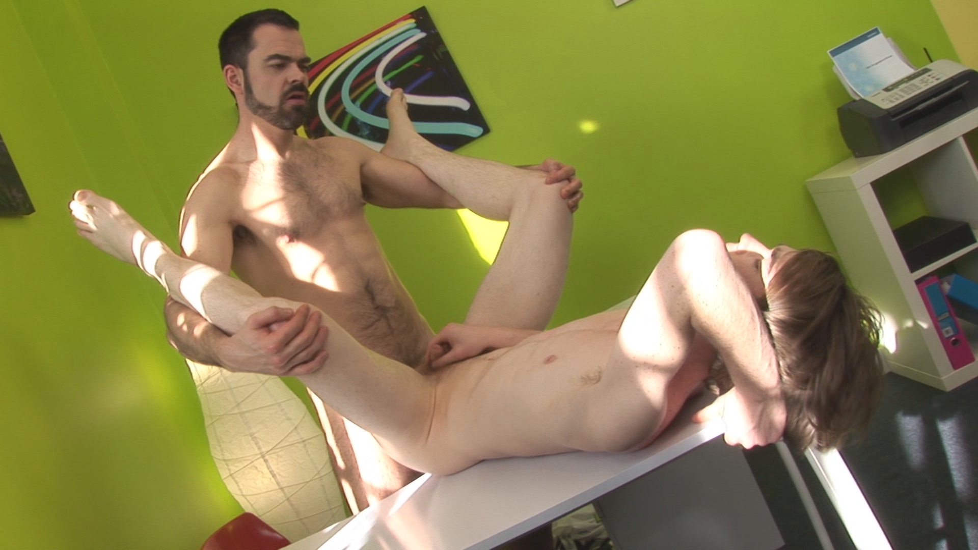 Boss Vs Twink Xvideo gay
