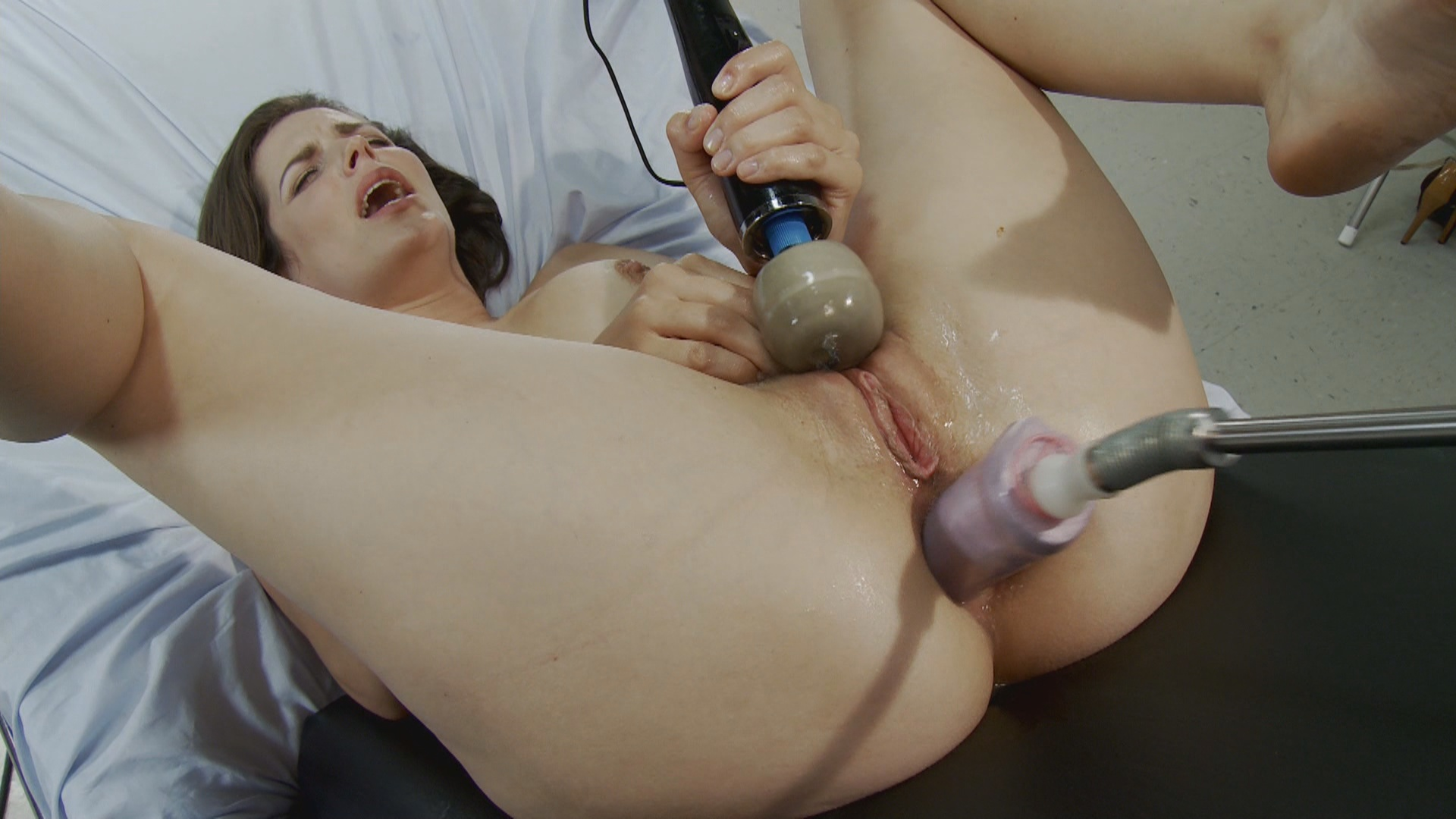Fucking Machines: Pile Driver And Sybian Fucking xvideos