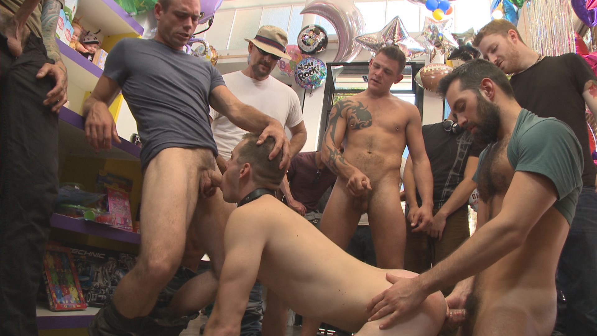 Bound In Public: The Balloon Shop Whore