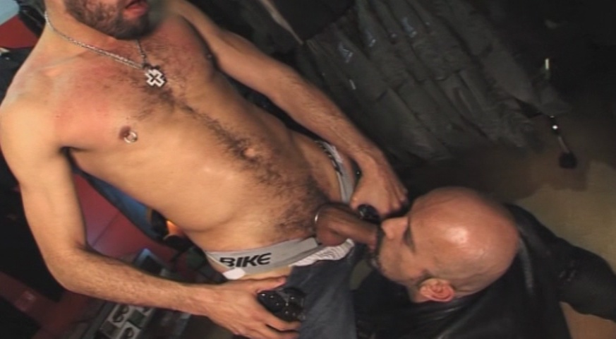 Vídeos Extremo Gay