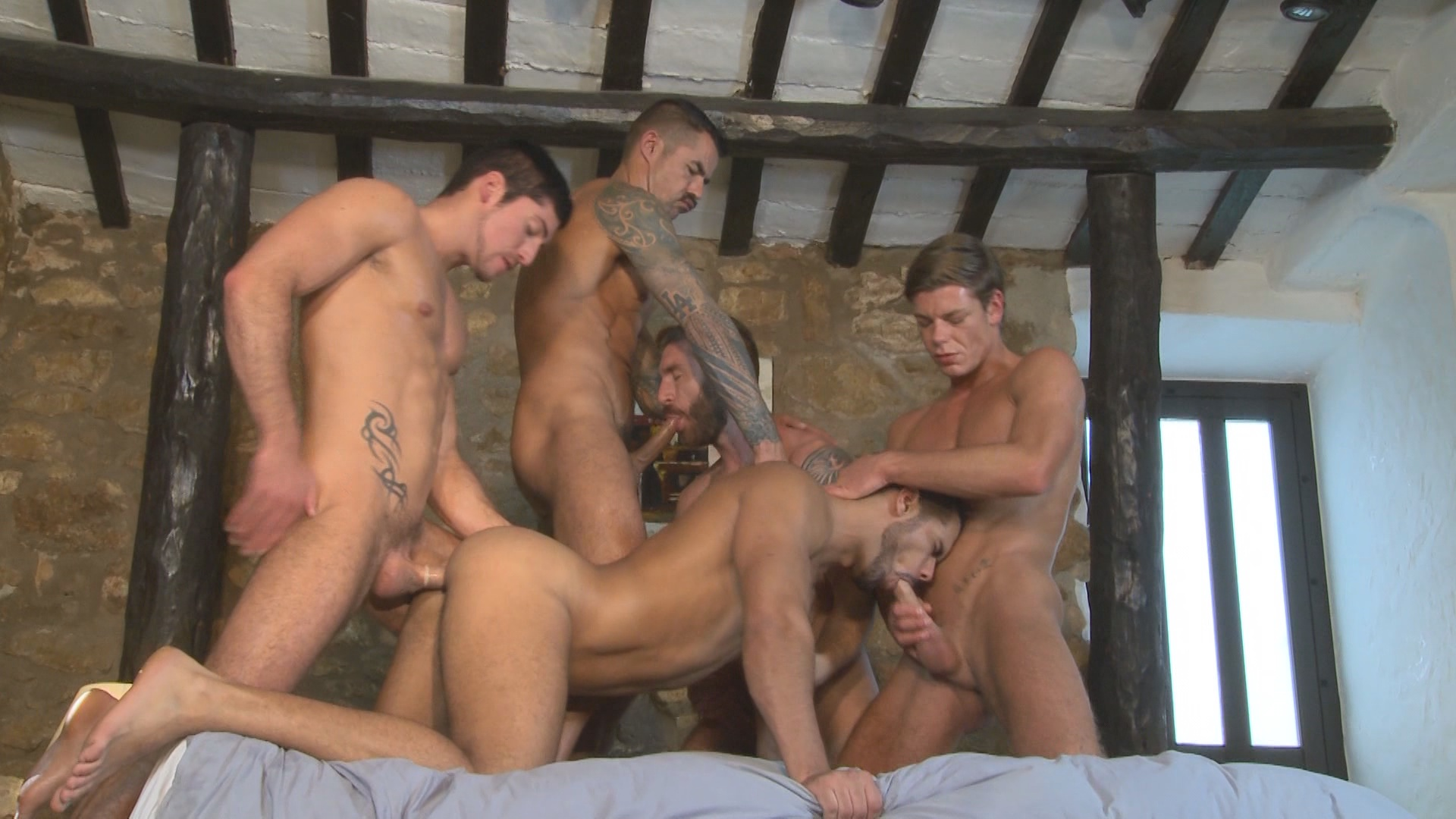Vídeos Orgias Gay