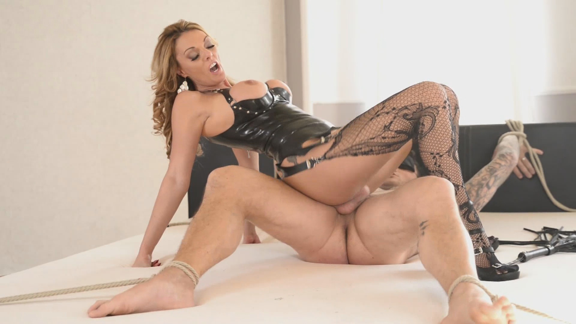 Kinky Games xvideos