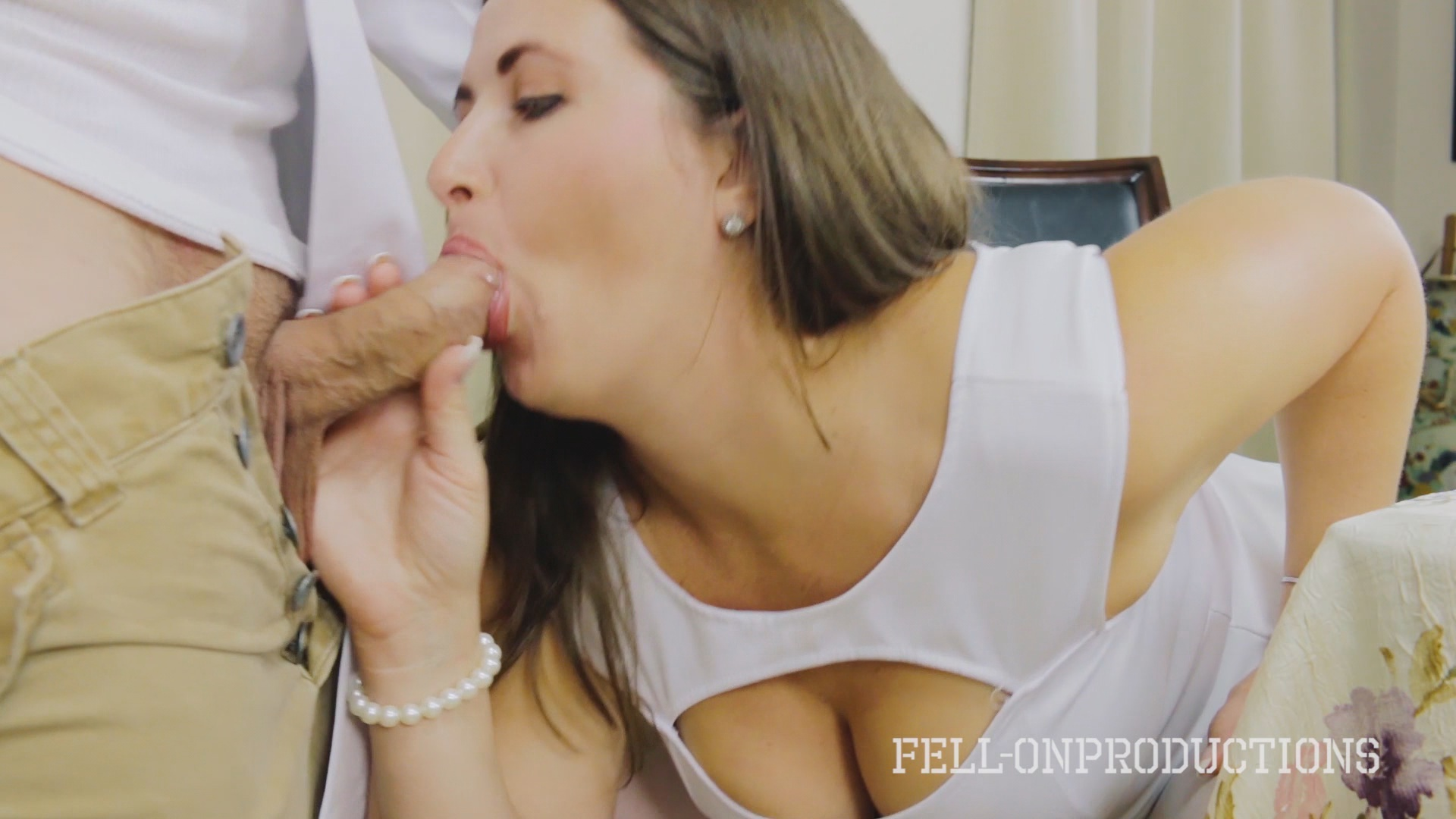 Cooking For Stepmom And Science Experiment xvideos