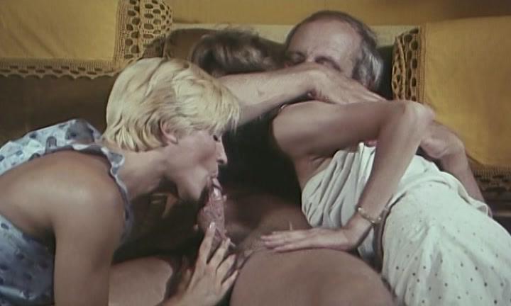Suedoises women nude porn tube